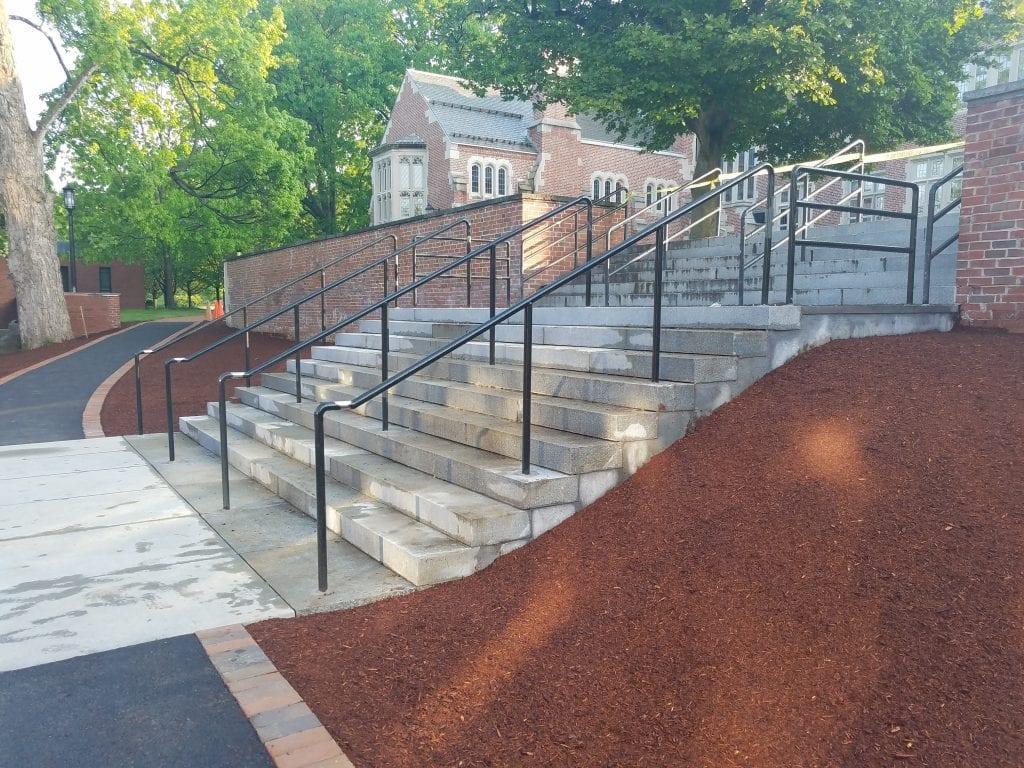 outdoor-metal-handrails-01-1024x768